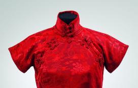 Sanghay-Shanghai, piros ruha