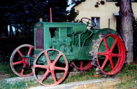 RÁBA petrol tractor from 1930
