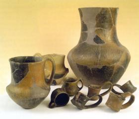 Late bronze age utensils (3000 B.C.)