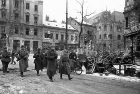 Szovjet katonák Budapesten, 1945