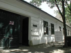 Ladics-ház, Gyula