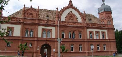 Eötvös Károly Megyei Könyvtár, Veszprém