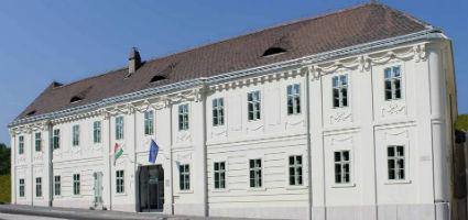 A Semmelweis Orvostörténeti Múzeum, Könyvtár és Levéltár felújított épülete