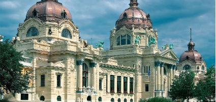Széchenyi Gyógyfürdő és Uszoda, Budapest