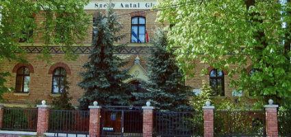 Szerb Antal Gimnázium, Budapest