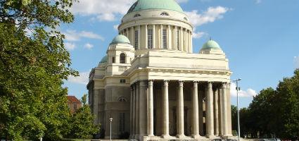 Tisztviselőtelepi Magyarok Nagyasszonya római katolikus templom, Budapest