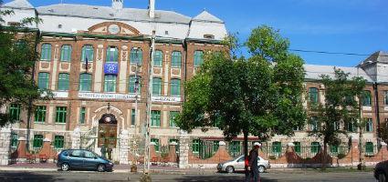 Újpesti Két Tanítási Nyelvű Szakközépiskola és Szakiskola, Budapest