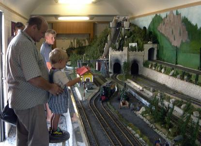 Modell railway driving