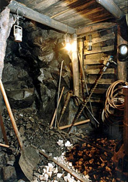 Szénbányászat a 20. század közepén (makett)