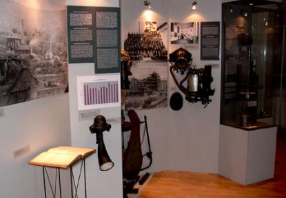 Bányamentés és bányavilágítás eszközei a 20. század elejéről
