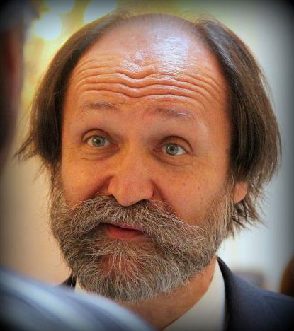 Csorba László