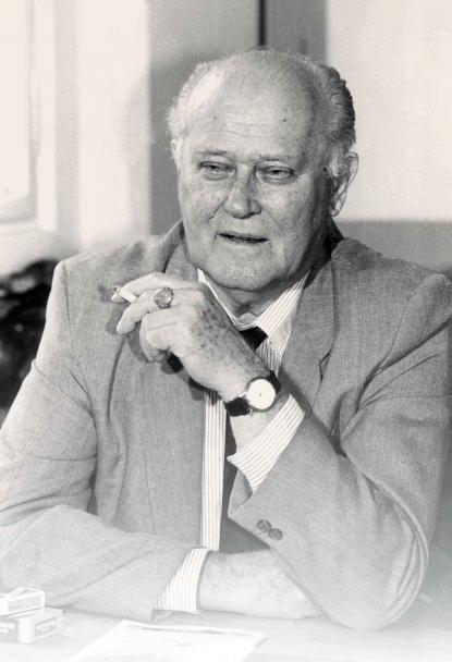 Hajnóczi Gyula
