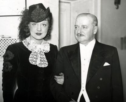 Huszka Jenő és Lázár Mária az Erzsébet c. operett bemutatóján