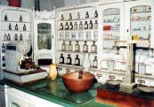 Secession pharmacy enteriour