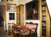 Részlet a régi megyeháza világa c. kiállításból - Könyvtár-terem