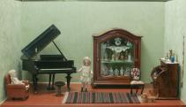 Babaszoba - rózsafa vitrinnel