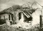 Összeomlott lakóház, Hatvan (1944)