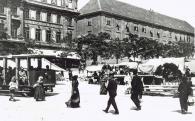 Villamos a Széchenyi téren (Pécs)