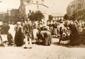 Piac a Széchenyi téren a 20. század elején, Pécs