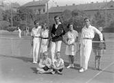 Teniszezők a Széll Kálmán téren, 1920-as évek