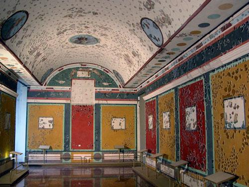 Római kori freskós terem