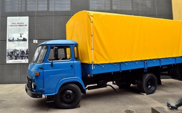 Tóth Sándor Avia típusú teherautója