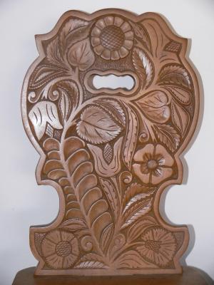 A 85 éves Balogh Zsigmond kondorosi fafaragó alkotása