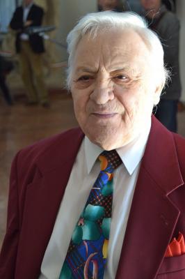 dr. Kesztyűs Ferenc
