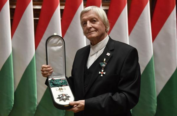 A Magyar Érdemrend Nagykeresztjével tüntették ki Fekete Györgyöt