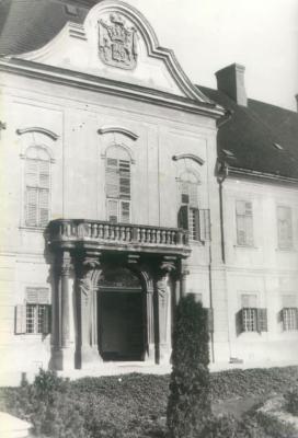 A Hatvany kastély homlokzata