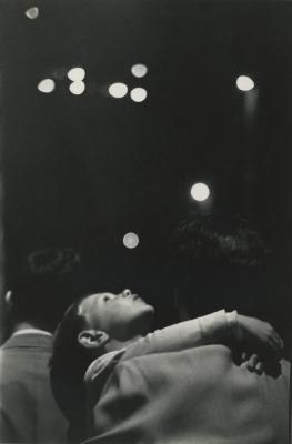 Cím nélkül (gyermek, New York), 1948-50 körül - Courtesy Howard Greenberg Gallery, New York ©Mark Faurer  \r\n