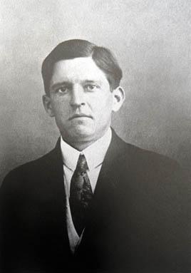 Nemes Lampérth József 1912-ben