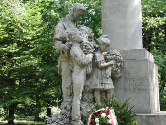 Óvárosi első világháborús emlékmű, Tatabánya