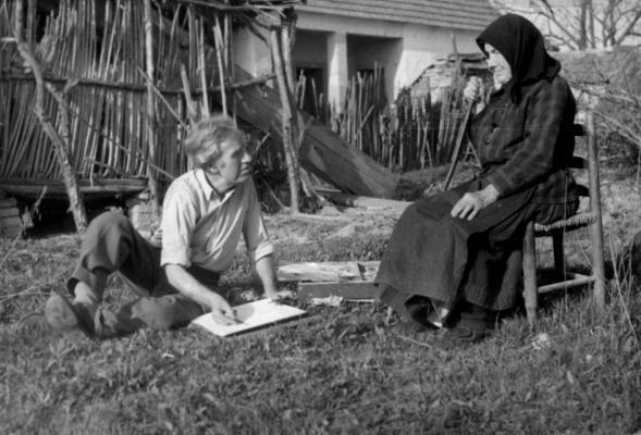 Tóth Menyhért édesanyját rajzolja 1960 körül